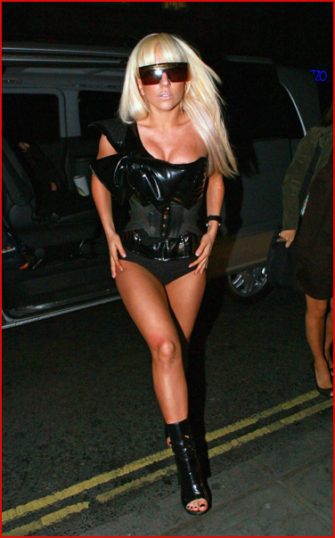 lady gaga hottest pics. Filed in: hollywood, Lady Gaga