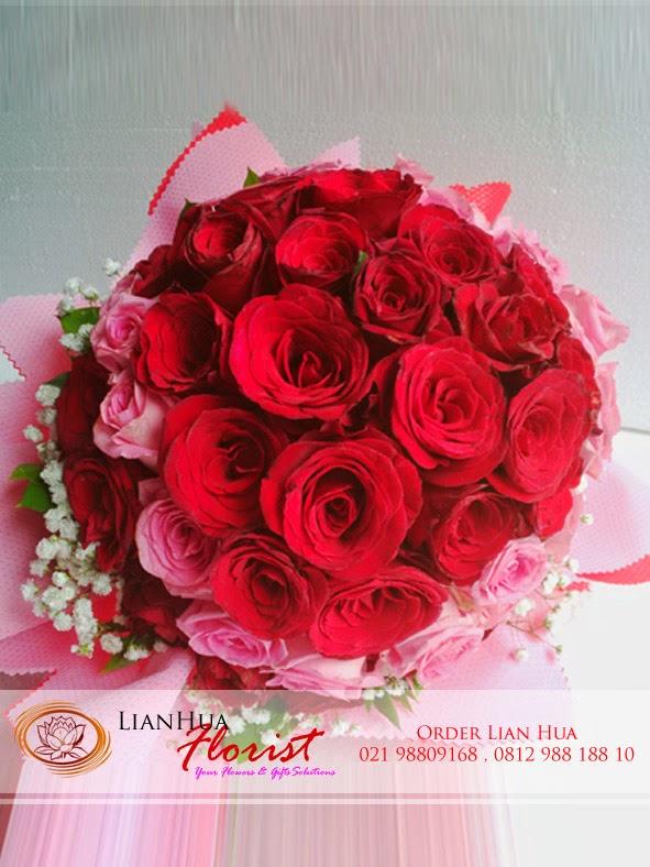 karangan bunga mawar, bunga mawar merah, penjual bunga mawar merah, toko bunga,