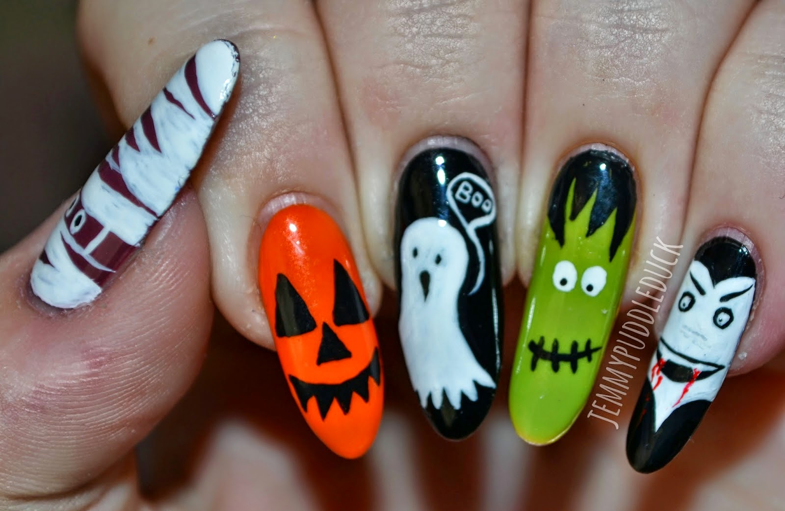 halloween nageldesign - Halloween Nageldesign Der dunkle Wald