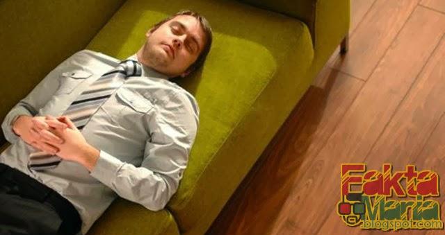 6 Manfaat Tidur Siang Hari