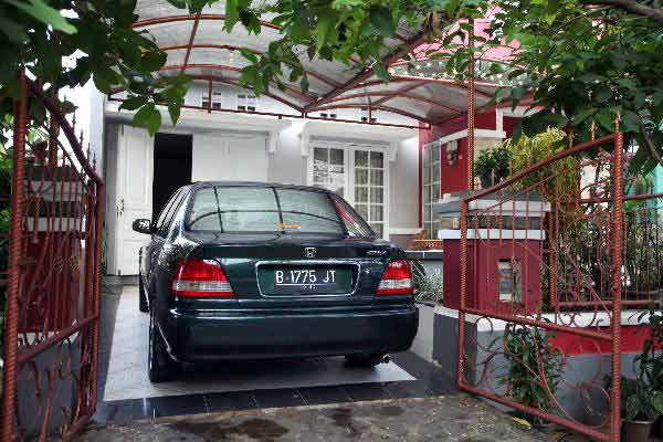 ukuran ideal garasi mobil