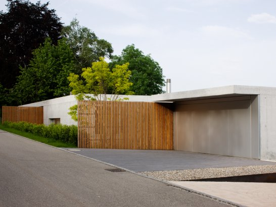 Casas minimalistas y modernas el acceso a la vivienda for Viviendas minimalistas