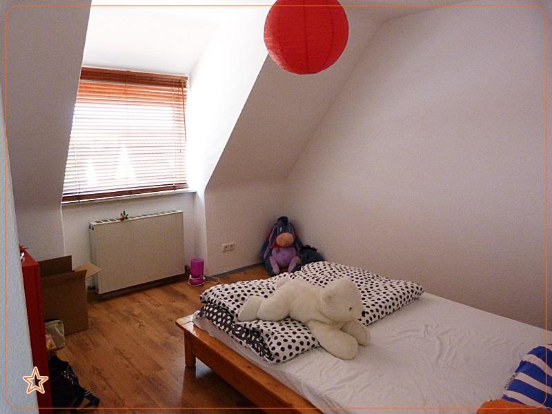 das sternchen universum meine erste eigene wohnung. Black Bedroom Furniture Sets. Home Design Ideas