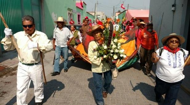 Marchan en memoria de represión en Atenco