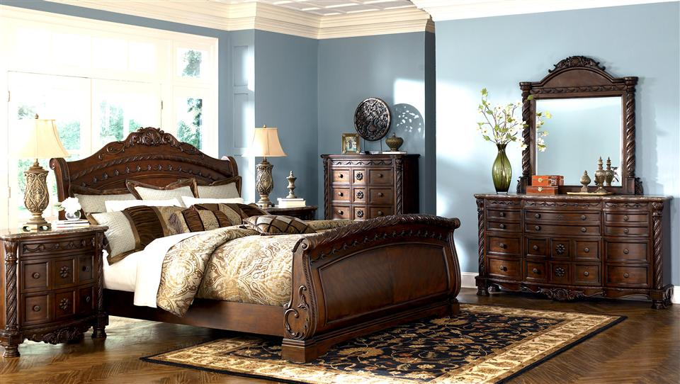 Top most elegant beds and bedrooms in the world victorian for Most beautiful bed in the world