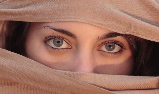 Best Beautiful Eyes Wallpaper