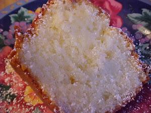 Gâteau couronne au rhum, noix de coco et chocolat blanc
