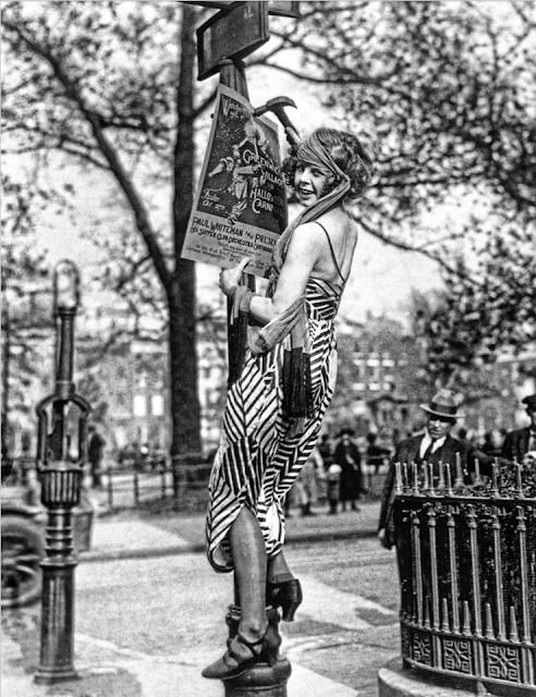 Greenwich Village Flapper #1920s #deco #flapper #20s #vintage #fashion