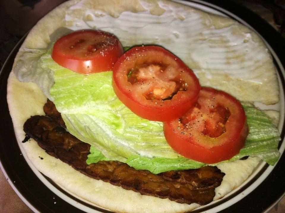 vegan ikwe: TLT Sandwich