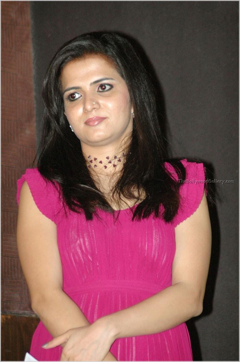 Dd Vijay Tv Anchor