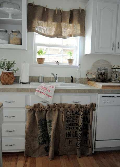 Frazzled Dazzled Mom DIY Shabby Chic Kitchen Makever