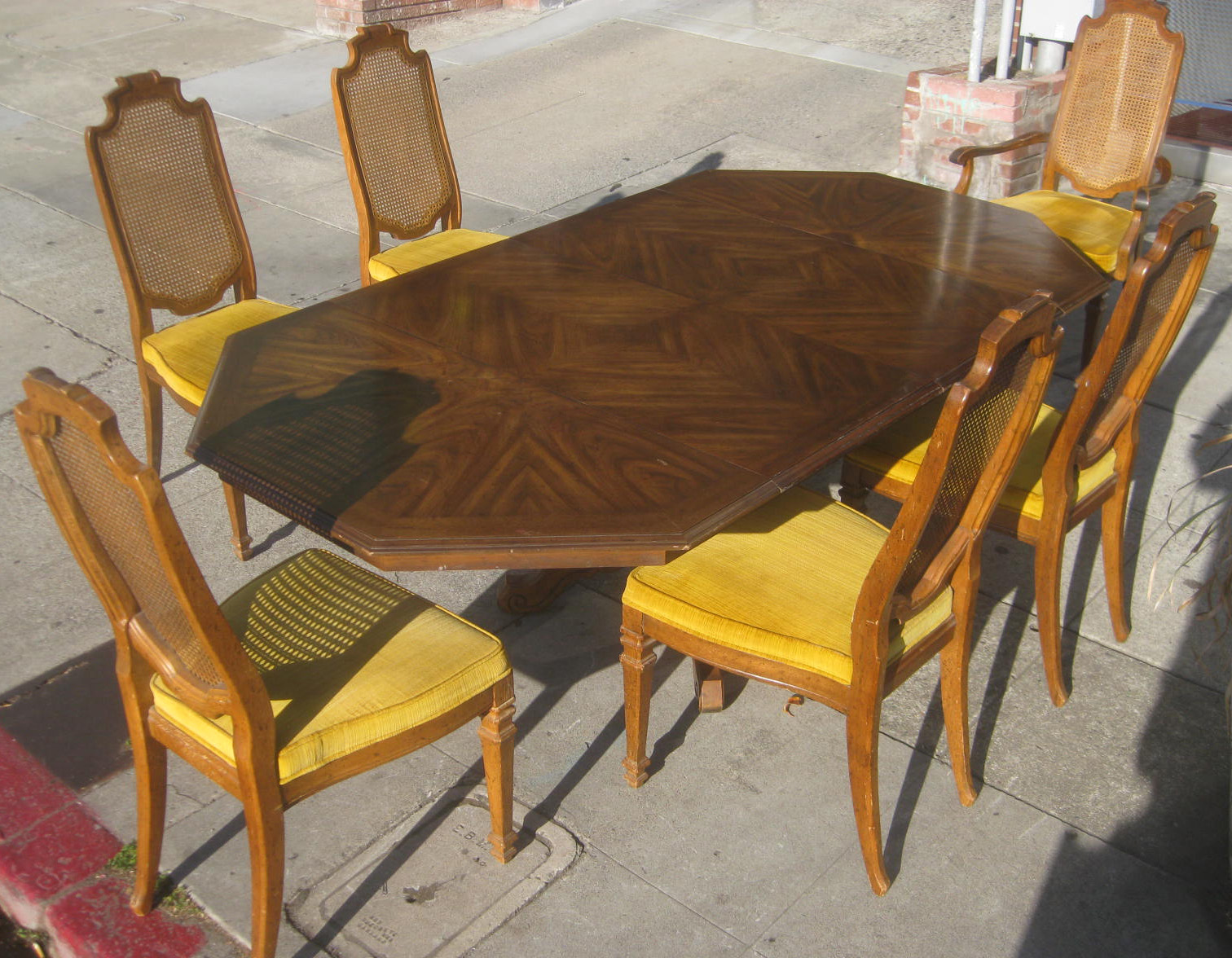 Sold Octagonal Dining Table And 6 Chairs 145