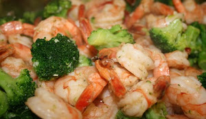 Garlic Shrimps with buttery broccoli
