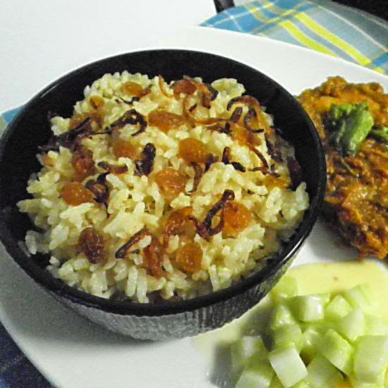 ghee rice recipe @ http://treatntrick.blogspot.com