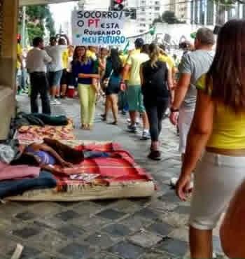 frases manifestações Brasil fora Dilma