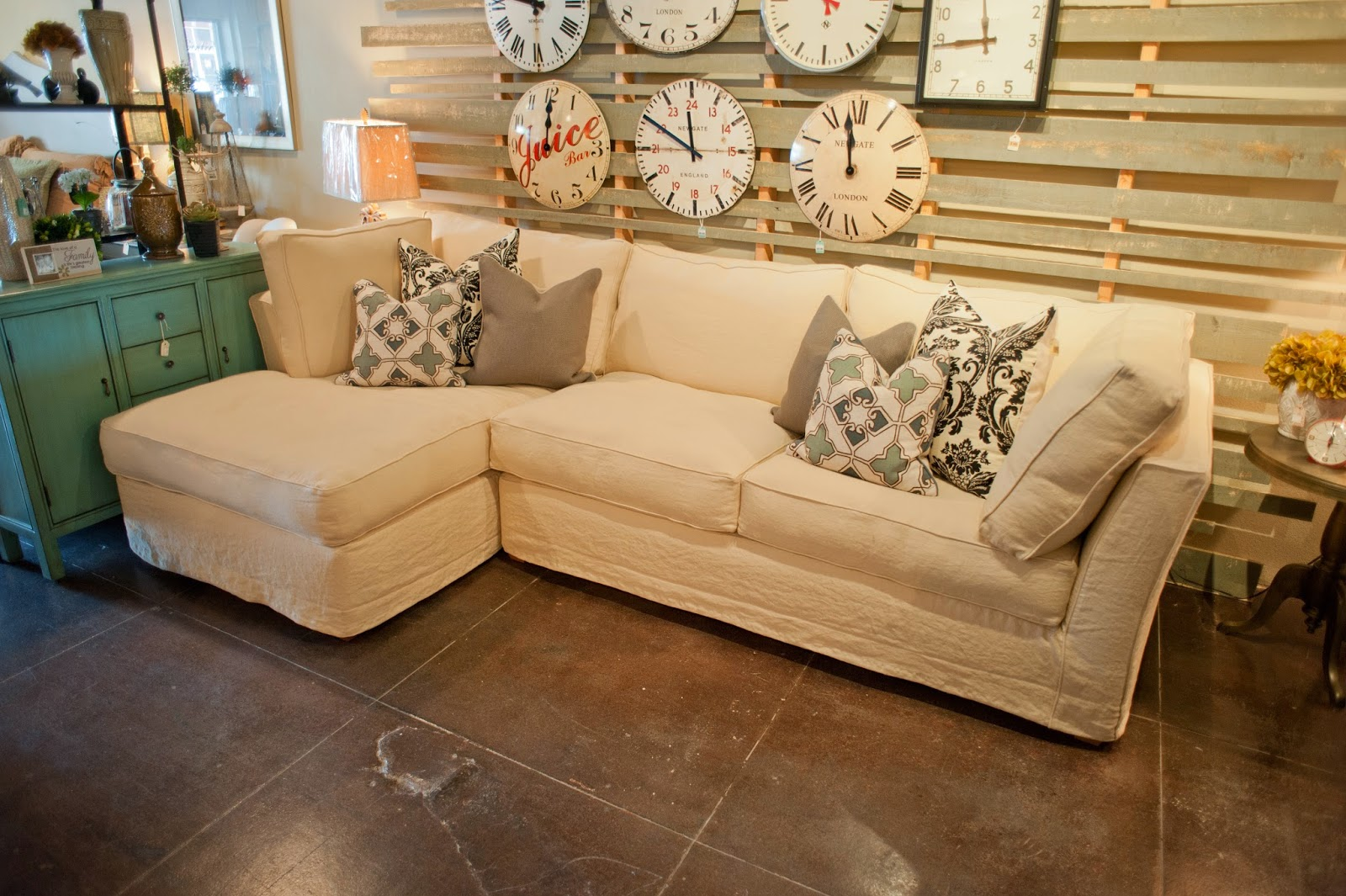 Simply klassic interiors for Klassic furniture