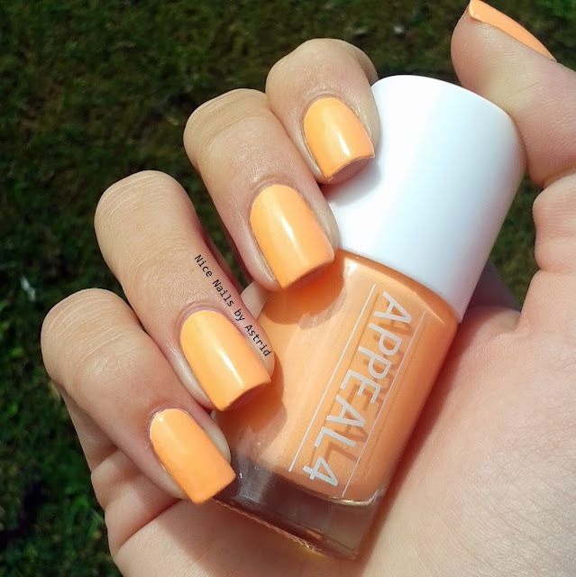 Appeal4 - Swatch, No. 22 Foxglowe - Nice nails by Astrid