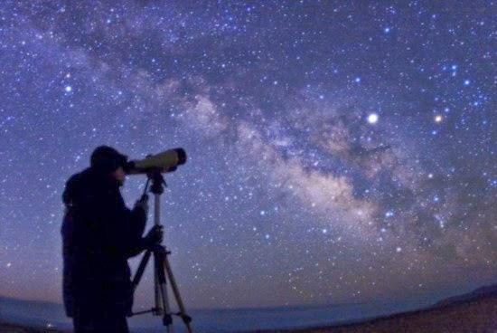 Kapan Kita Bisa Amati Planet-planet Tata Surya di Langit?