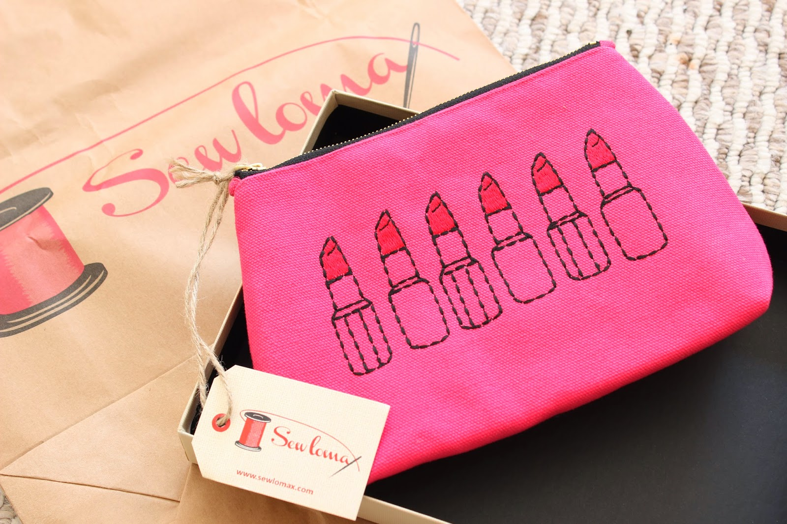 The Sewlomax Makeup Bag