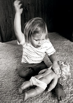 the negative effects of spanking a child Scientific studies consistently show that it is harmful to children, increasing   forward by studying the impact of positive parenting interventions.
