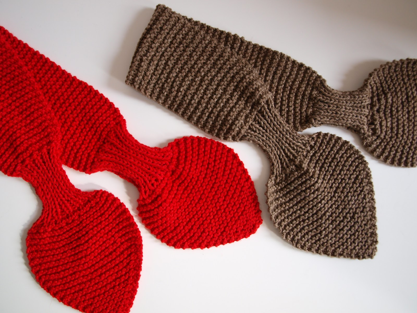 Knitting Pattern For Bow Tie Scarf : Crafted by Carly: Bow-knot Scarves