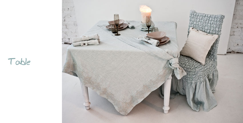 Arte Pura Elegant Table Linen
