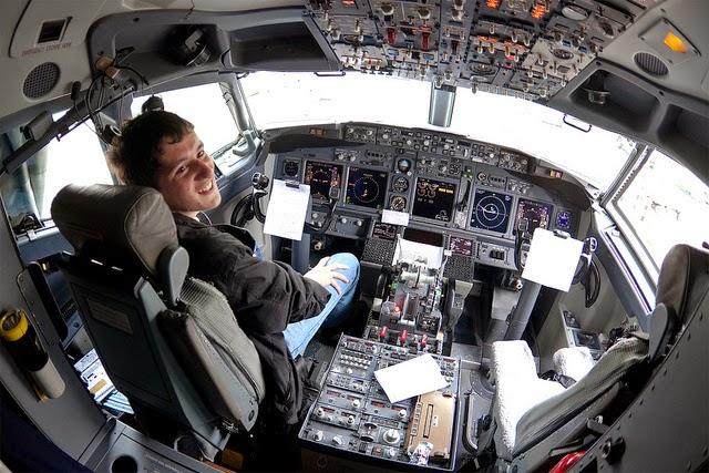 biaya sekolah pilot