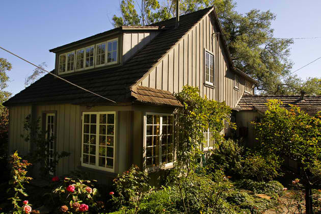 Petite periwinkle lane for Cottages in los angeles