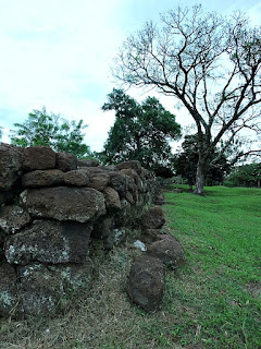 Pedras remanescentes da redução jesuítica de San Carlos de Caápi, na Argentina.