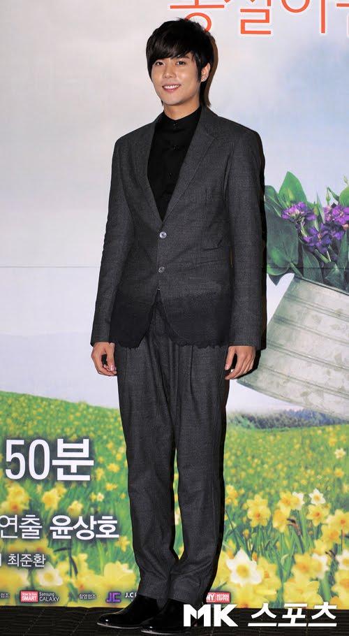 """[DRAMA] 23/08/2011 - Kim KyuJong @ """"Saving Mrs. Go BongShil"""" 24"""