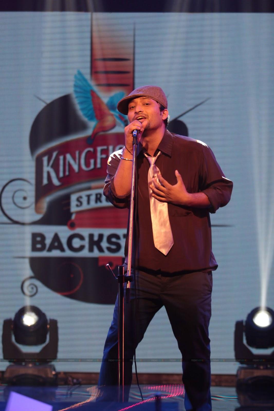 Mannu Singh at Kingfisher Strong Backstage - EF News International