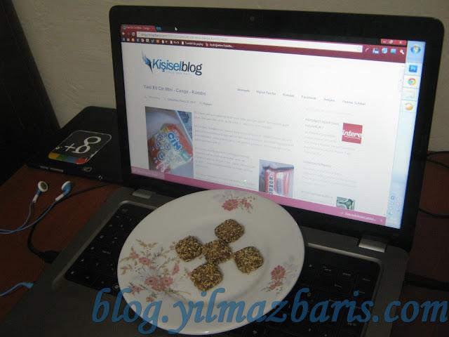 kombo çikolata bilgisayar kulaklık tablet