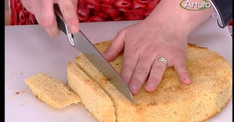 Ricette tv torta all 39 ananas meringata - Ricette monica bianchessi pronto in tavola ...