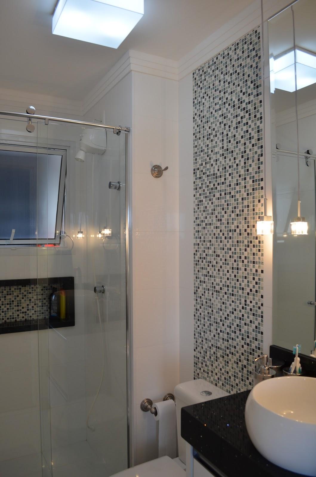 banheiro social foi decorado para os meninos usando o preto nas  #397F92 1059 1600