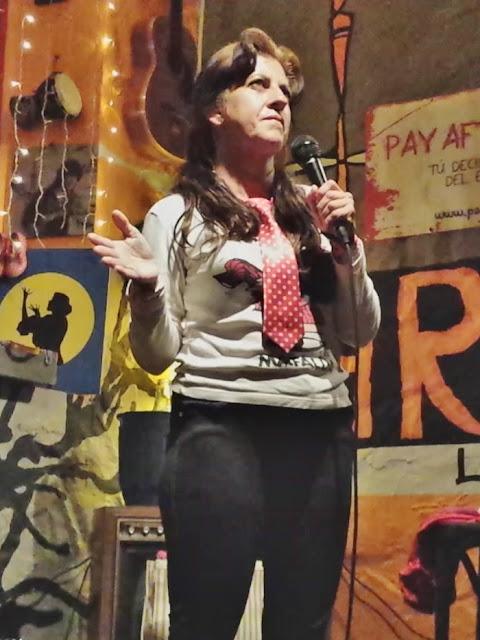 Isabel Camiña: ventriloquía y humor