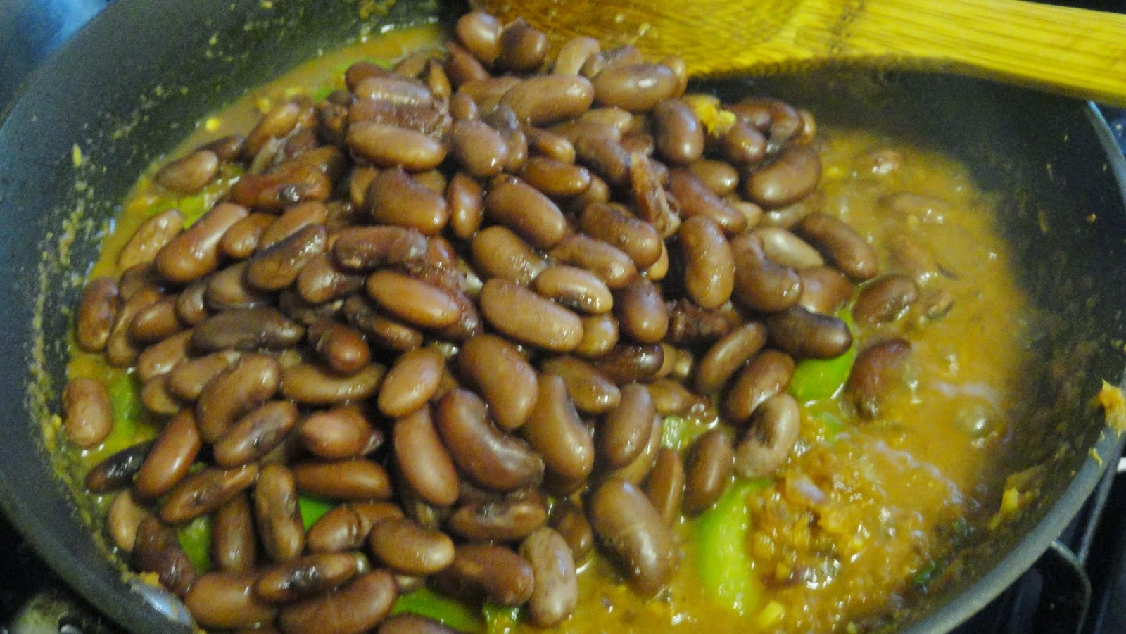 Add cooked rajma