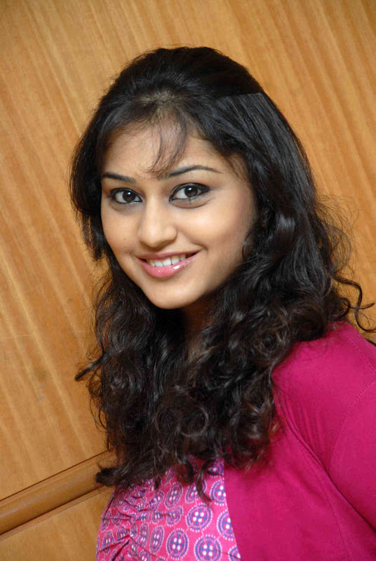 Actress Ramya Barna Gallery gallery pictures