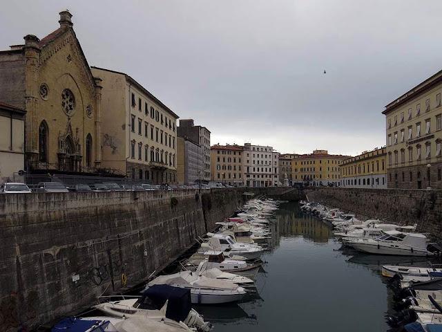Fosso Reale visto dal ponte del Mercato, Livorno