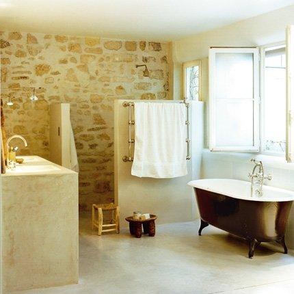 salles de bain qui ont un chic fou grâce à leurs baignoire sur pied ...