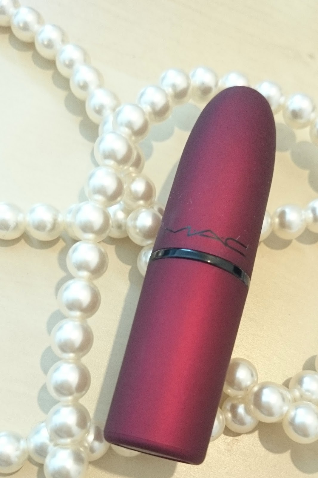Mac Frost Lipstick Viva Glam Rihanna