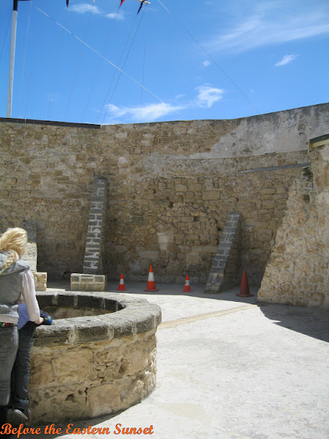 Fremantle City Round House - well