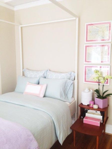 soft and feminine, turquoise and pink bedroom