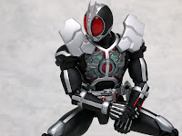 S.H.Figuarts Kamen Rider Faiz Axel Form