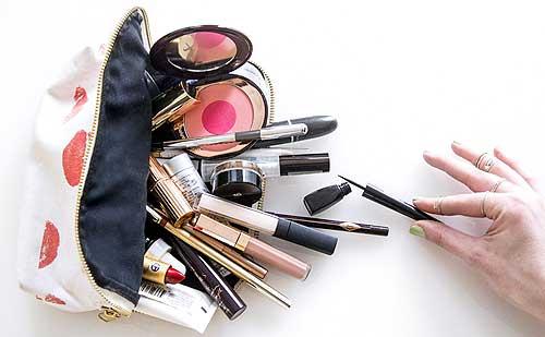 7 Increibles trucos para que el maquillaje no se rompa en tu bolso
