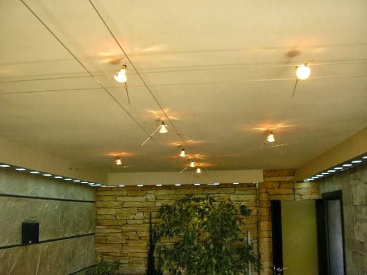 Ръчно изработено осветление захранено с обтегачи