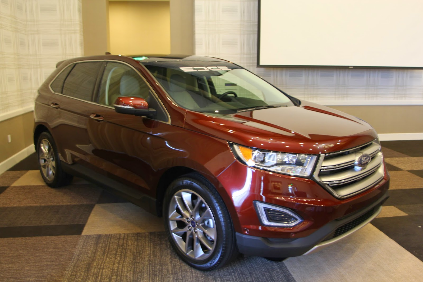 socalautoblog 2015 ford edge first look. Black Bedroom Furniture Sets. Home Design Ideas