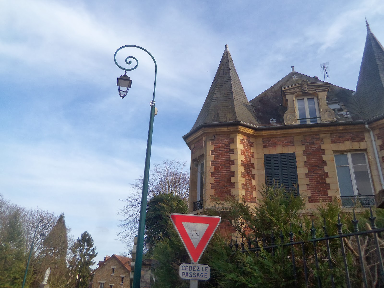 Francia Trendalist