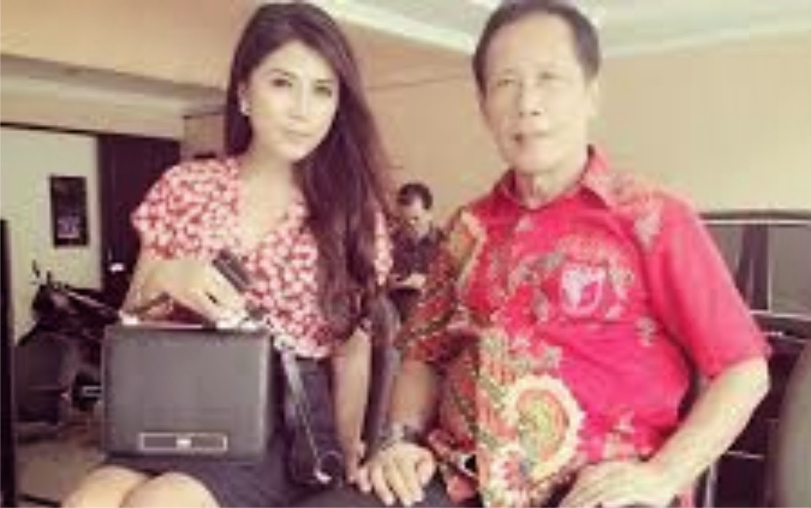 . Photo Model Majalah Dewasa ...