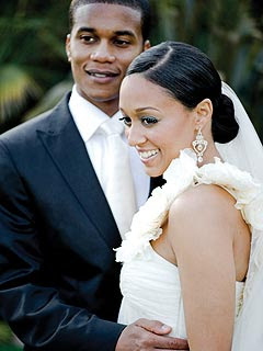 Tamera mowry wedding dress