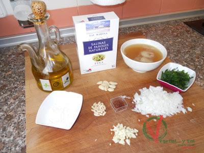 Ingredientes para los Huevos duros en pepitoria.